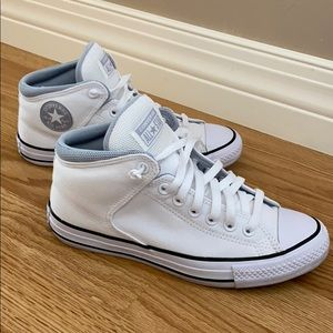 Like New Converse All Star Canvas Mid Tops